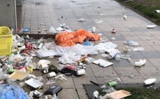 【北海道 積丹】GWの自粛期間中にキャンプや釣りに来た人達が残したゴミに絶句「本当に有り得なくて言葉も出ません。」